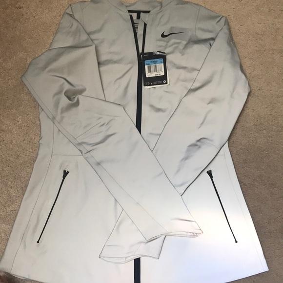 532b2f957e Nike 3M Reflective Jacket